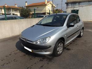 Peugeot 206 HDI Março/01 - à venda - Ligeiros Passageiros,