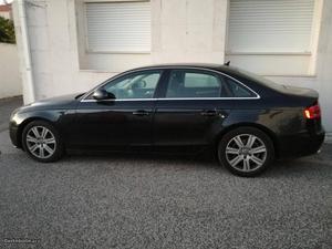 Audi A4 A4 b8 Fevereiro/08 - à venda - Ligeiros