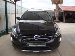 Volvo XC D4 DRIVe Momentum (163cv) (5p)