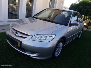 Honda Civic 1.6 I ES Junho/04 - à venda - Ligeiros