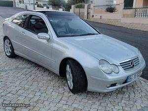 Mercedes-Benz C 220 Evolution Agosto/01 - à venda -
