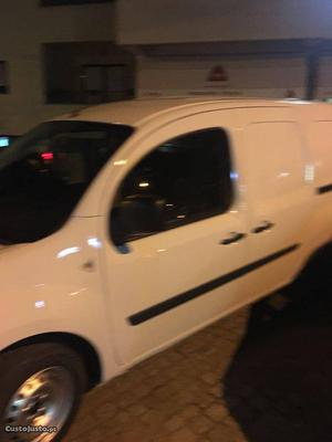 Renault Kangoo 1.5 DCI 90 CV maxi Outubro/11 - à venda -