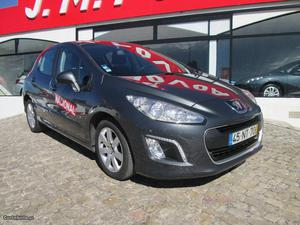 Peugeot  e-hdi envy Junho/13 - à venda - Ligeiros