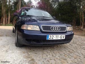 Audi A4 1.6 gasolina Julho/96 - à venda - Ligeiros