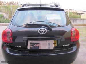 Toyota Auris auris Abril/08 - à venda - Ligeiros