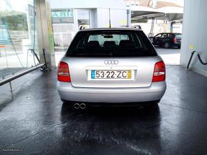 Audi A4 1.9 Maio/00 - à venda - Ligeiros Passageiros, Porto