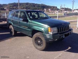 Jeep Cherokee 4.0 laredo Março/97 - à venda - Pick-up/