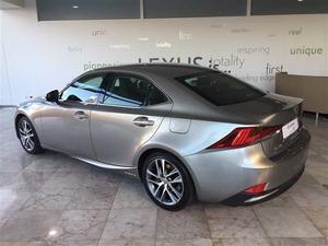 Lexus IS 300h Executive+