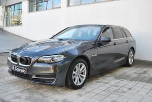 BMW Série  D Tour Aut