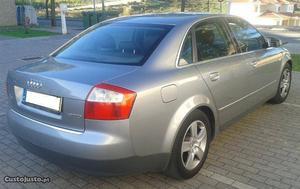 Audi A4 1.9 TDI 130 cv Novembro/04 - à venda - Ligeiros