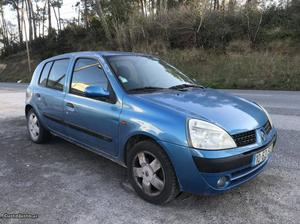 Renault Clio V Agosto/01 - à venda - Ligeiros