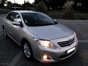 Toyota Corolla D-4D cx aut. Outubro/10 - à venda - Ligeiros