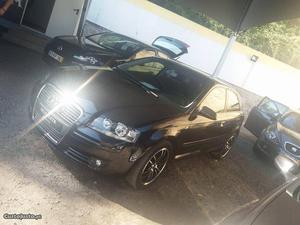 Audi A3 3 Portas Agosto/04 - à venda - Ligeiros
