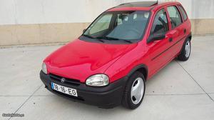 Opel Corsa 1.2 gasolina Outubro/94 - à venda - Ligeiros