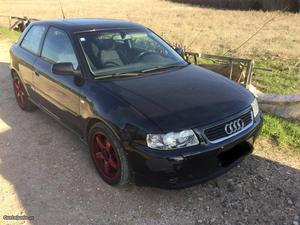 Audi A3 1.8 turbo Fevereiro/03 - à venda - Ligeiros