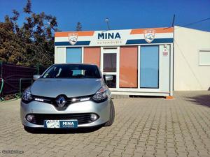 Renault Clio dCi 90cv Abril/15 - à venda - Ligeiros