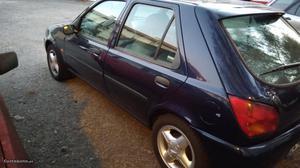 Ford Fiesta  Agosto/98 - à venda - Ligeiros