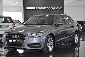 Audi A3 Sportback 1.6 TDI B.Line Attraction (110cv)