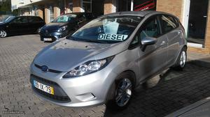 Ford Fiesta 1.4 Tdci Ambiente Março/10 - à venda -