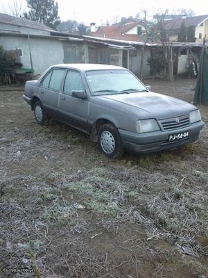 Opel Ascona 1.3 cc Abril/88 - à venda - Ligeiros
