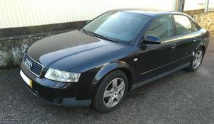 Audi A4 a4 Setembro/02 - à venda - Ligeiros Passageiros,