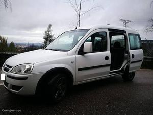 Opel Combo Tour 1.3 CDTi Dezembro/07 - à venda - Ligeiros
