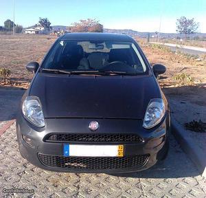 Fiat Punto Evo Janeiro/12 - à venda - Ligeiros Passageiros,