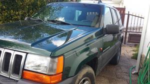 Jeep Grand Cherokee Laredo 2.5 td Dezembro/98 - à venda -