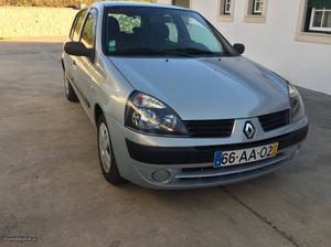 Renault Clio 1.5 dci Maio/05 - à venda - Ligeiros