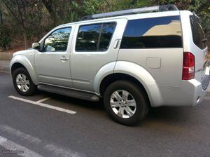 Nissan Pathfinder LE premium Janeiro/08 - à venda -