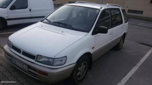 Mitsubishi Space Wagon 2.0TD 7 lug Julho/93 - à venda -