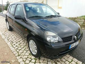 Renault Clio v Expression 75cv kms Junho/02 -