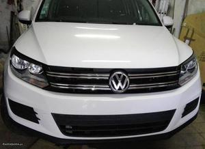 VW Tiguan 2.0 tdi 110cv Agosto/12 - à venda - Monovolume /