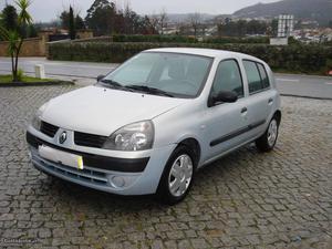 Renault Clio  DCI AC Janeiro/04 - à venda - Ligeiros
