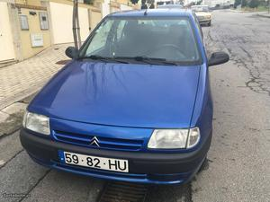 Citroën Saxo carro Agosto/97 - à venda - Ligeiros