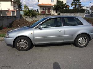 Audi A3 3 portas Março/97 - à venda - Ligeiros