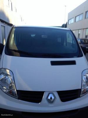 Renault Trafic L1H1 Maio/10 - à venda - Ligeiros