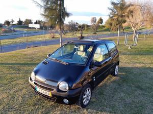 Renault Twingo Twingo Dezembro/02 - à venda - Ligeiros