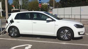 VW Golf E-Golf 100% elétrico Maio/16 - à venda - Ligeiros