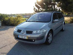 Renault Mégane Break Luxe 101cv Julho/04 - à venda -