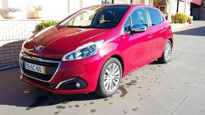 Peugeot 208 PURE TECH STYLE