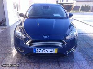 Ford Focus 1.5 Tdci Titanium Outubro/15 - à venda -