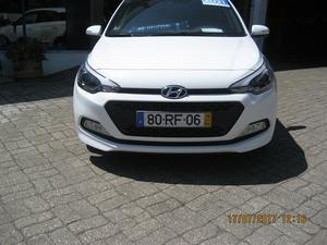 Hyundai i Access (75cv) (5p)