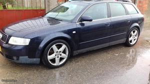 Audi A4 Audi a4 2.5tdi Fevereiro/02 - à venda - Ligeiros