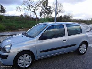 Renault Clio Van 1.5 DCI AC Abril/03 - à venda - Comerciais