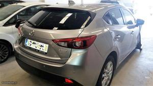Mazda 3 1.5 salvado Julho/14 - à venda - Ligeiros
