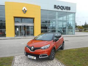Renault Captur Exclusive cv Abril/17 - à venda -