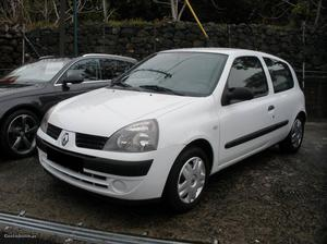 Renault Clio 1.5 dci Van Outubro/06 - à venda - Ligeiros