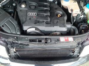 Audi A4 Audi a4 Junho/02 - à venda - Ligeiros Passageiros,
