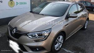 Renault Mégane dci 110 energy eco2 Junho/16 - à venda -